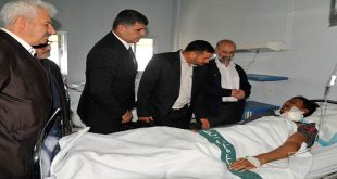 iran-workers-house-delegation-injured-army-personnel-4