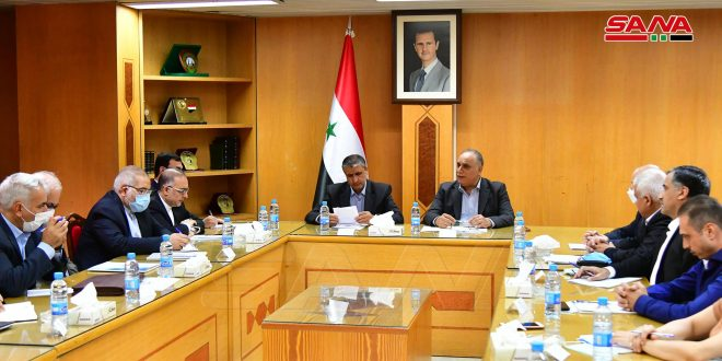 Al-Barazi discusses with Iranian Minister of Roads means of implementing signed agreements