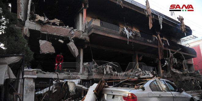 Detalles de la agresión israelí con misiles contra un edificio residencial en Mezzeh, Damasco. (Fotos)