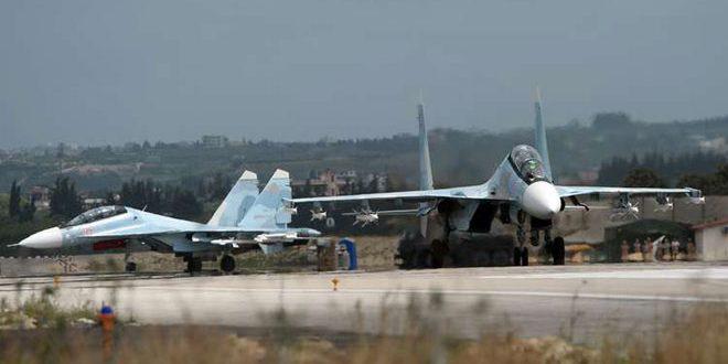 Baterías antiaéreas interceptan drones lanzados por terroristas contra la base de Hememin en Latakia