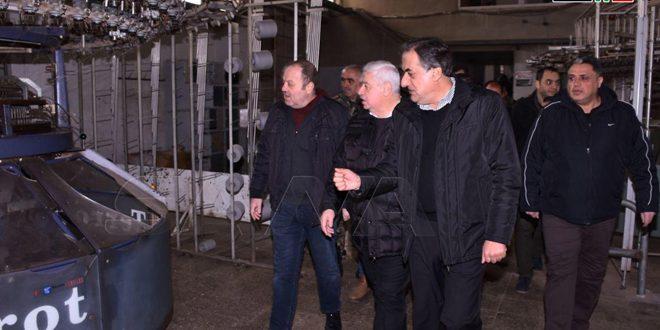 Gobierno se moviliza para reconstruir las fábricas en Zerbeh al sur de Alepo