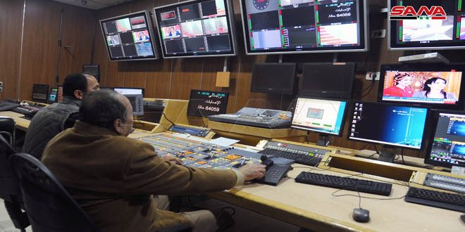 Periodistas sirios trabajan contra el reloj pese a los peligros generados por la Covid-19