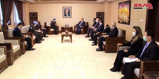 Mekdad recibe al comandante de la Fuerza de Observación de la ONU en el Golán sirio