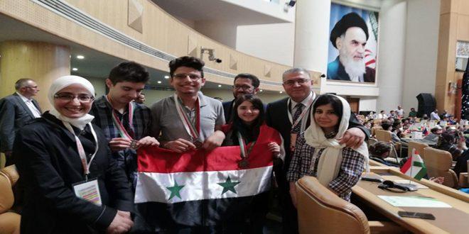 Trois médailles de bronze pour les étudiants syriens participant à l'Olympiade scientifique internationale de biologie à Téhéran