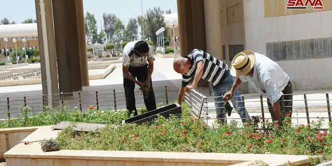 Travail actif en préparation à l'ouverture de la 60e édition de la Foire internationale de Damas