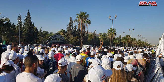 Vaste participation populaire au marathon de Damas «La Syrie est la paix»