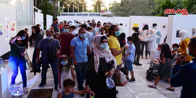 120 enfants talentueux participent à l'activité de dessein «Chaghaf»