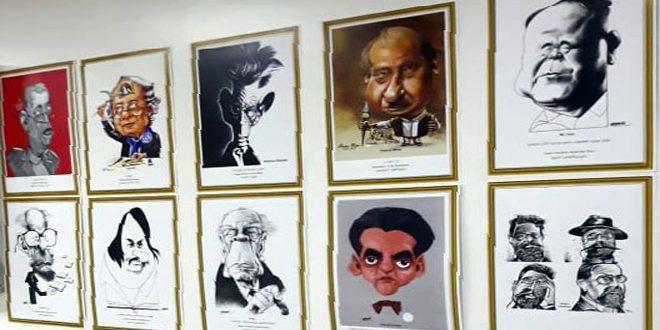 Plus de 252 artistes participent à la 1ère exposition internationale de caricature dans l'Union des écrivains arabes