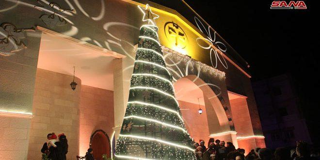 В Тартусе установлена рождественская елка