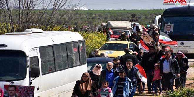 Сотни перемещенных граждан вернулись в район Аль-Ксейр на юге провинции Хомс