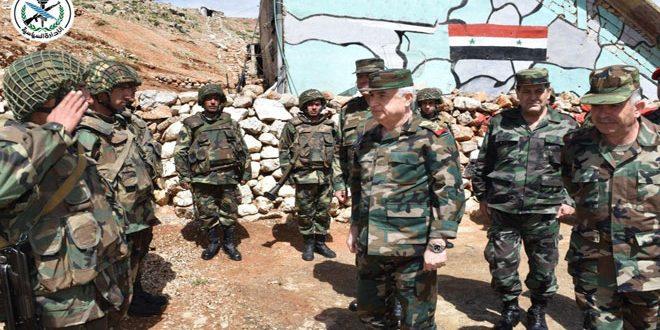 По случаю Ид Аль-Фитр министр обороны Айюб посетил ряд передовых военных позиций в Южном регионе