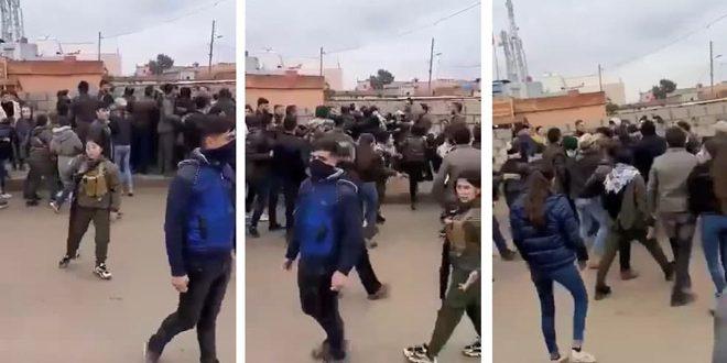 В городе Дербасия провинции Хасаке группировки «Касад» напали на демонстрантов