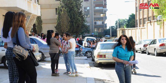 Сирийские школьники сдали экзамены за 9-й класс по французскому и русскому языкам