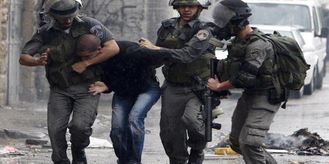 İşgalci İsrail Güçleri, El Halil Kentinde 2 Filistinliyi Tutukladı