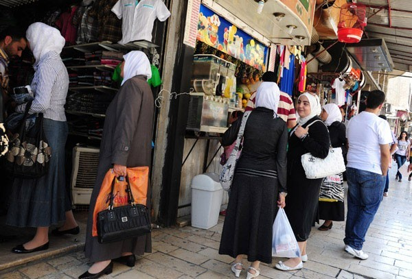 Al-Salhyia Market in Damascus… a tourist landmark depicting