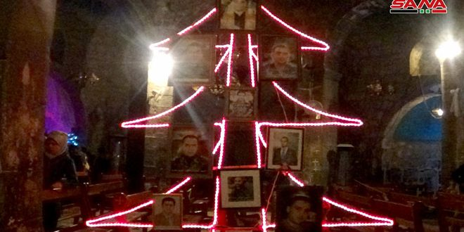 After Eight Year Absence Christmas Tree Lit Up In Daraa