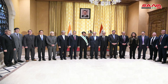 Farewell ceremony for Ambassador of India at end of his