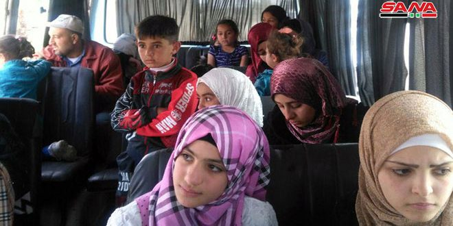 A number of displaced Syrian families return from Jordan camps