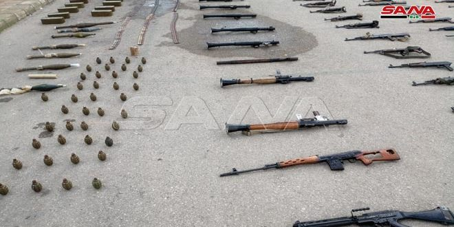 Weapons and varied ammunition left behind by terrorists seized in Daraa western countryside