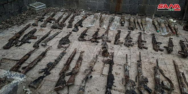 Large amounts of weapons and ammo, left behind by terrorists, found in al-Hamedyia neighborhood in Homs