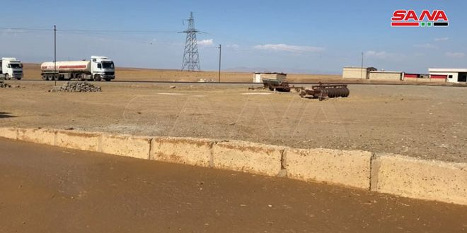 US occupation continues plundering Syrian oil