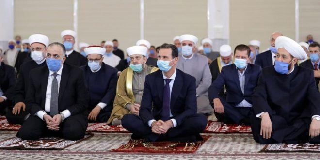 President al-Assad participates in religious celebration of Prophet Mohammad's birthday at Imam Shafi'i mosque  in Damascus