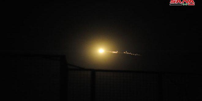 Defensas antiaéreas sirias interceptan decenas misiles hostiles israelí desde la tierra libanés