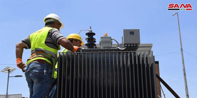 12 transformadores eléctricos puestos en servicio en los barrios liberados de Alepo