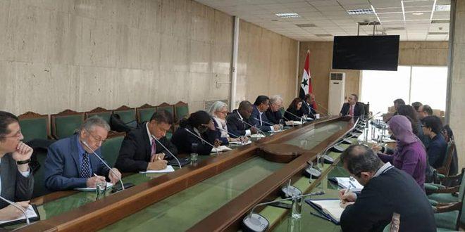 Siria y representantes de organizaciones internacionales examinan cooperación