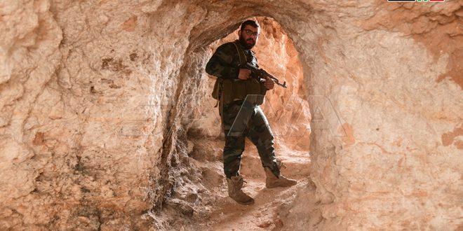 Túneles y cuarteles bajo tierra de los terroristas en la ciudad de Hayyan al noroeste de Alepo