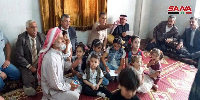 Decenas de familias desplazadas retornan a sus hogares en Khan Sheikhun