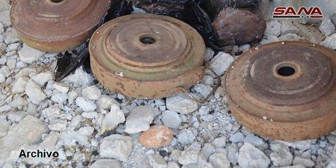 Explota una bomba y desactivan dos en provincia de Deraa
