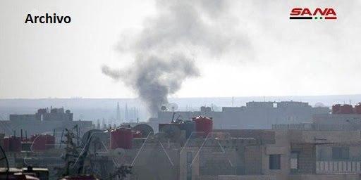 Fuerzas de ocupación turcas bombardean con artillería a un poblado en Raqa