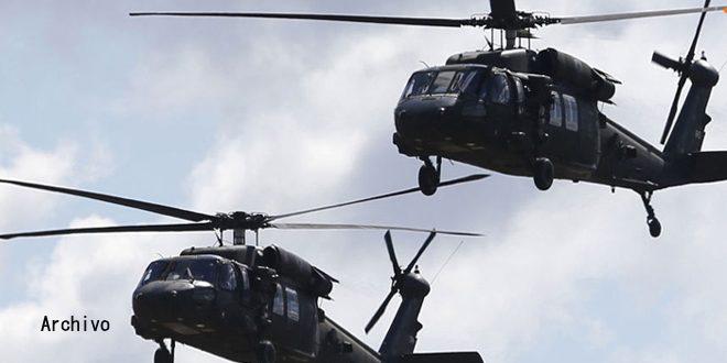 El ocupante estadounidense realiza desembarco aéreo en Deir Ezzor y secuestra a tres civiles
