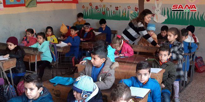 Más de 3.5 millones de alumnos sirios comienzan mañana domingo el segundo semestre escolar