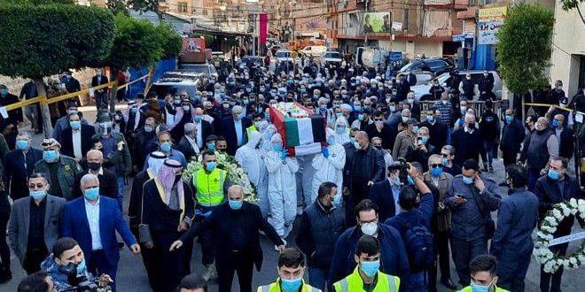 Encargado por el presidente Al-Assad, embajador sirio en el Líbano participa en funeral del luchador y pensador Anis Al-Naqqash