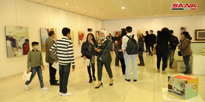 Ek-kawi expresa con su arte apego a la región de Yazira siria (fotoreportaje)