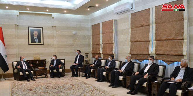 Siria e Irán examinan acelerar la ejecución de proyectos conjuntos y la cooperación bilateral