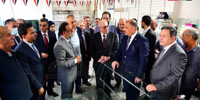 Ministro de Industria iraquí admira el nivel alcanzado por la industria siria (+fotos)