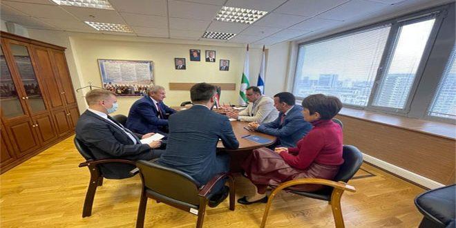 Parlamentarios sirios participan en la observación de las elecciones de diputados a la Duma de Estado de Rusia