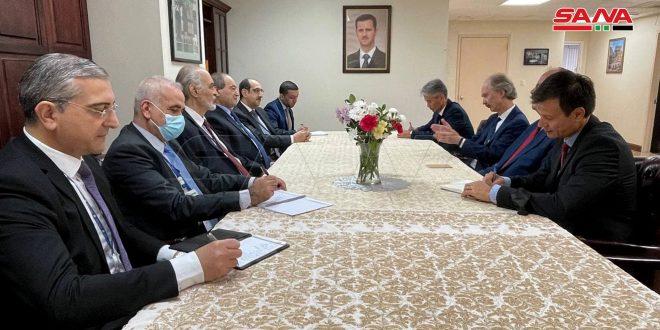 Al-Mekdad se reúne con Pedersen y afirma que la ONU debe asumir sus responsabilidades y garantizar el respeto a la soberanía de Siria