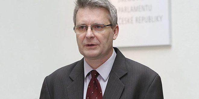 گروسبیچ: حضور ترکیه در اراضی سوریه اشغالگری است