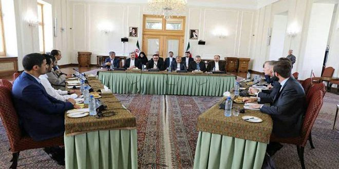 برگزاری نشست سه جانبهدرباره لزوم حل و فصل سیاسی بحران یمن
