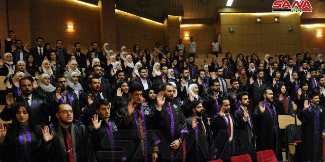 آیین فارغ التحصیلی 780 دانشجوی پزشکی دانشگاه دمشق