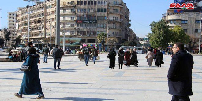 اهالی حلب: خواستار ریشه کن کردن تروریسم هستیم/به پیروزی ایمان داریم