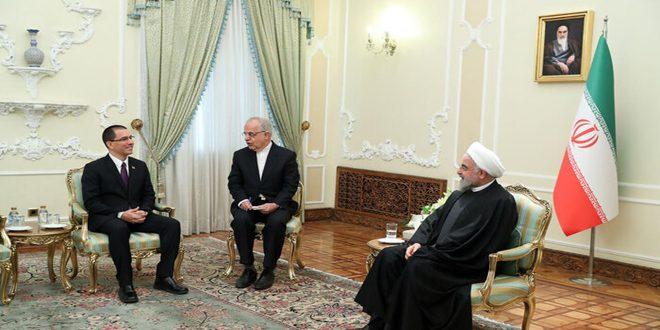 دکتر حسن روحانی: ایستادگی ملت های مقاوم، آمریکا را از توطئههای خود پشیمان خواهد کرد