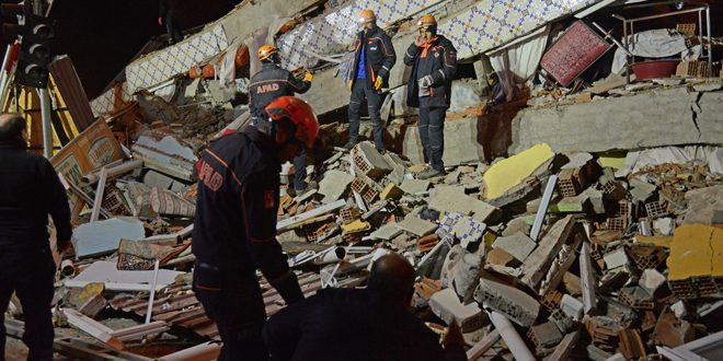 افزایش تلفات زلزله ترکیه به 20 کشته و بیش از هزار مجروح