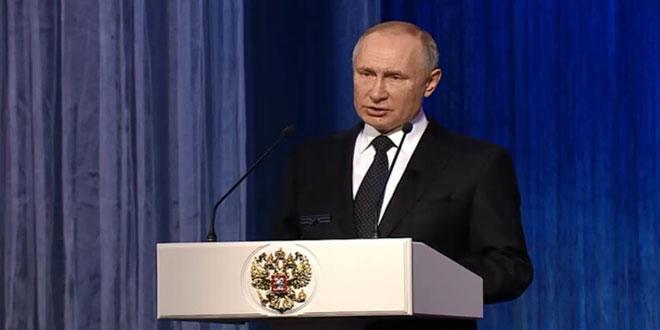 پوتین: مشارکت نیروهای روسیه در مبارزه با تروریسم در سوریه مانع بروز چالش امنیتی برای سوریه شد