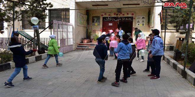 شادی ساکنان حلب از پاکسازی حومه این شهر از لوث تروریست ها