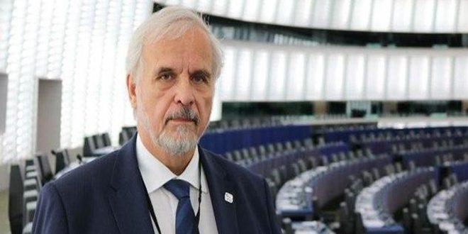 یک نماینده اهل چک: رژیم اردوغان مسئول ایجاد بحران در سوریه و لیبی است